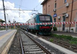 Ciampino, un uomo di mezz'età si suicida sotto il treno Roma-Velletri