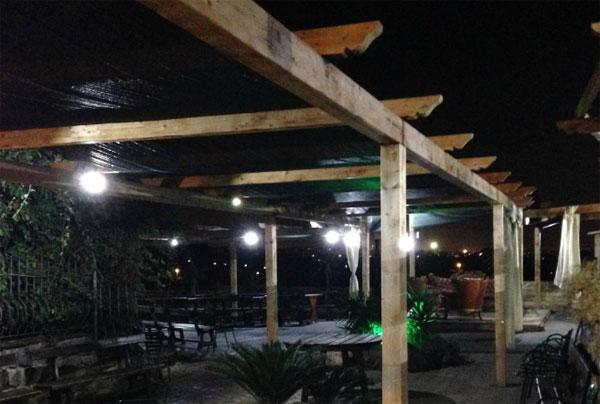 Incendio a Ciampino: brucia il ristorante La Patatona