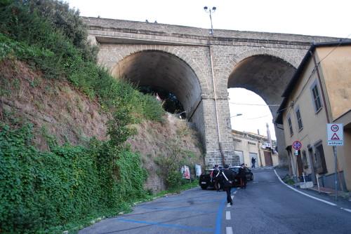 Suicidio al Ponte di Ariccia: morto 84enne
