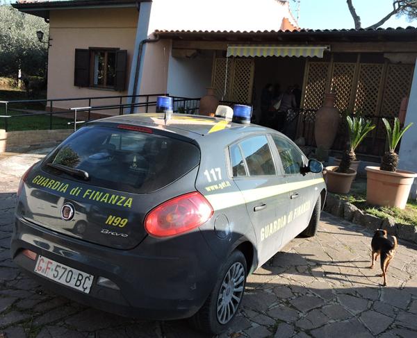Velletri, anziani maltrattati in una casa di riposo, un arresto