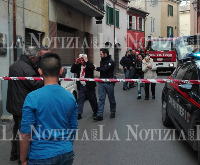 Esplosione in via Paolina, quattro persone ferite