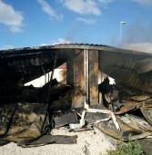 Bruciato un container al campo Rom di Ciampino