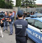 Rocca di Papa, dopo un litigio gli immigrati bloccano la via dei Laghi
