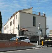 Albano: si sporge dal terrazzo e cade, salvo bimbo di 7 anni