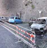 Rocca Priora, a fuoco nella notte sette auto in via Roma