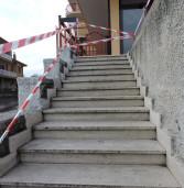 Genzano, anziana cade dalle scale e muore