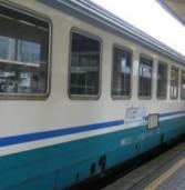 Senza biglietto e con la droga in tasca, si mettono a litigare sul treno Roma-Napoli