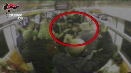 Otto minorenni arrestati a Roma per il pestaggio di un coetaneo