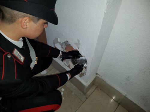 frascati-il-rinvenimento-della-droga-da-parte-dei-carabinieri-1