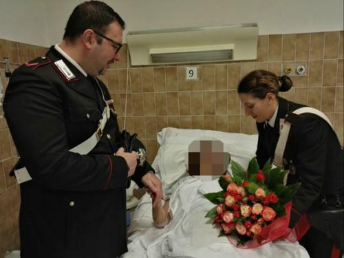 i-carabinieri-in-ospedale-fanno-visita-allanziana-rapinata-nel-giorno-del-suo-compleanno-2