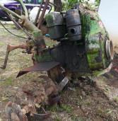 Lanuvio, 62enne lavora con la sua motozappa che gli amputa una gamba