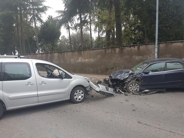 Genzano. Cinquantenne morto in un incidente ad Albano Laziale