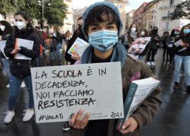 Castelli Romani, piazze e strade invase dalla protesta degli studenti