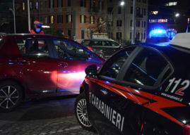 """""""Voglio tornare in carcere, non sopporto mia moglie"""". I carabinieri lo accontentano"""